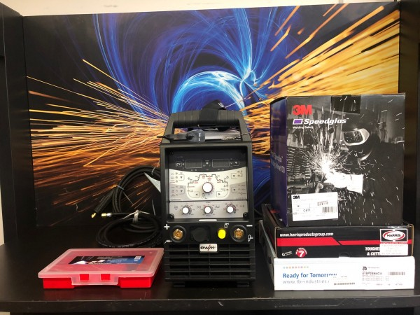 Tetrix 230 AC / DC Comfort 2.0 5 Pol im Set mit Speeglas 100