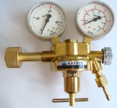Druckminderer ARGON/CO² mit Handrad Arbeitsmanometer 28/30 l/min
